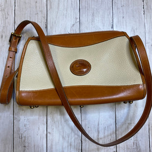 Primary Photo - BRAND: DOONEY AND BOURKE STYLE: HANDBAG DESIGNER COLOR: CREAM SIZE: MEDIUM SKU: 176-17684-45610