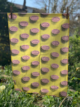 Load image into Gallery viewer, PICCALILLI TEATOWEL - England Preserves