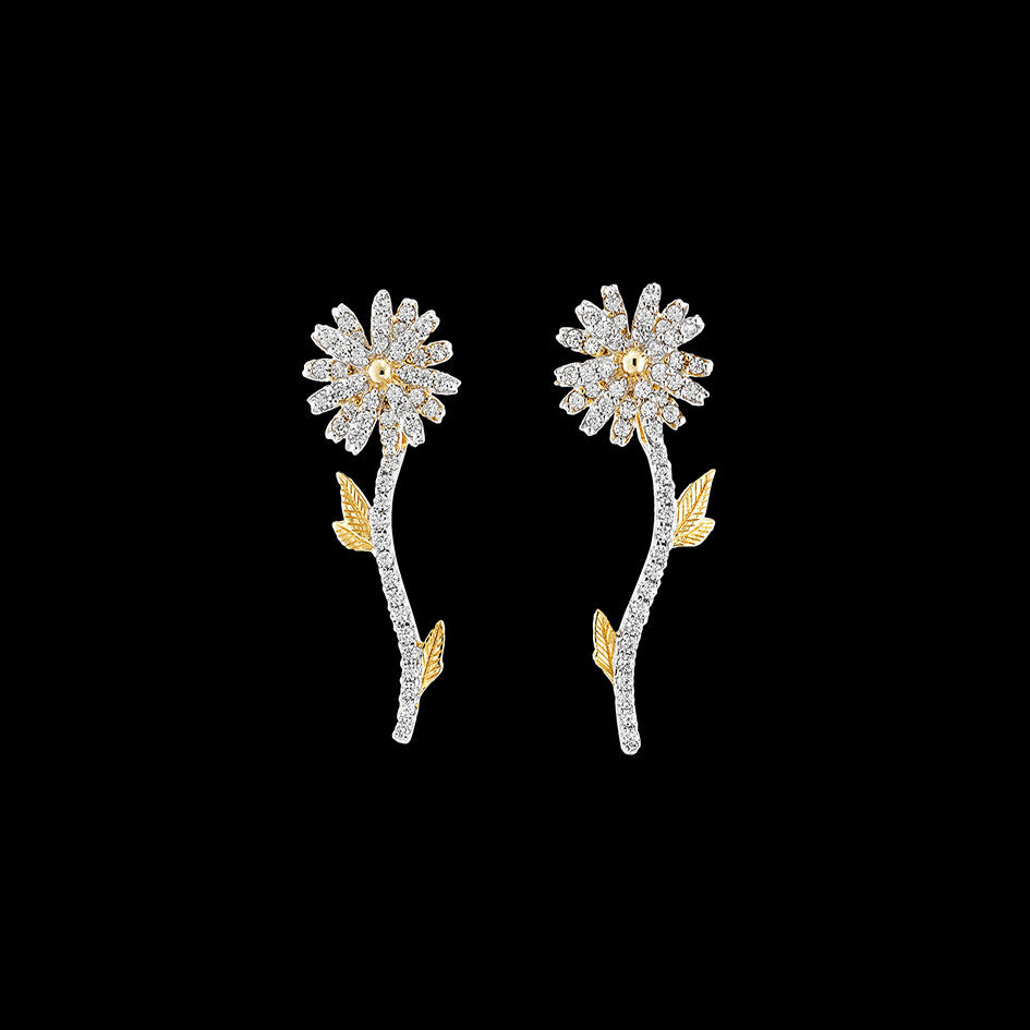 Mini Daisy Earrings
