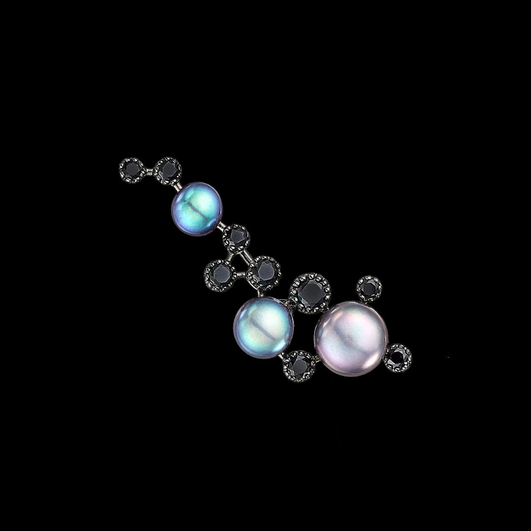 Grey Pearl Constellation Earring