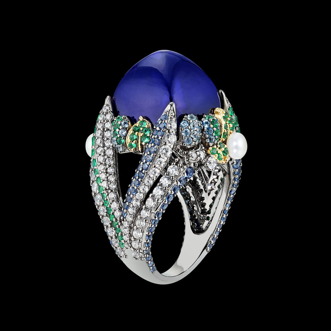 Sapphire Sugarloaf Berry Ring