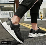 Trendy Black Sports Shoes for men