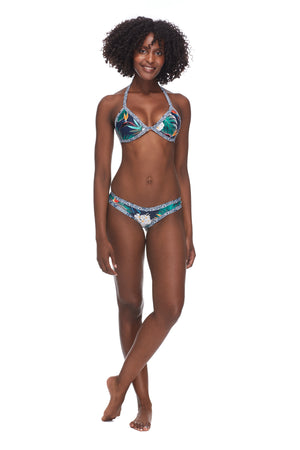 Body Glove Uluwatu Love Triangle Bikini Top - shaymartian