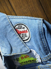 Load image into Gallery viewer, Appliques Men's Blue Denim Jacket