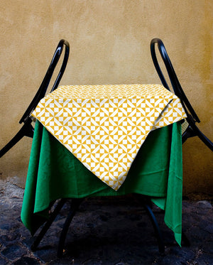 Geometric Retrochip Tablecloth