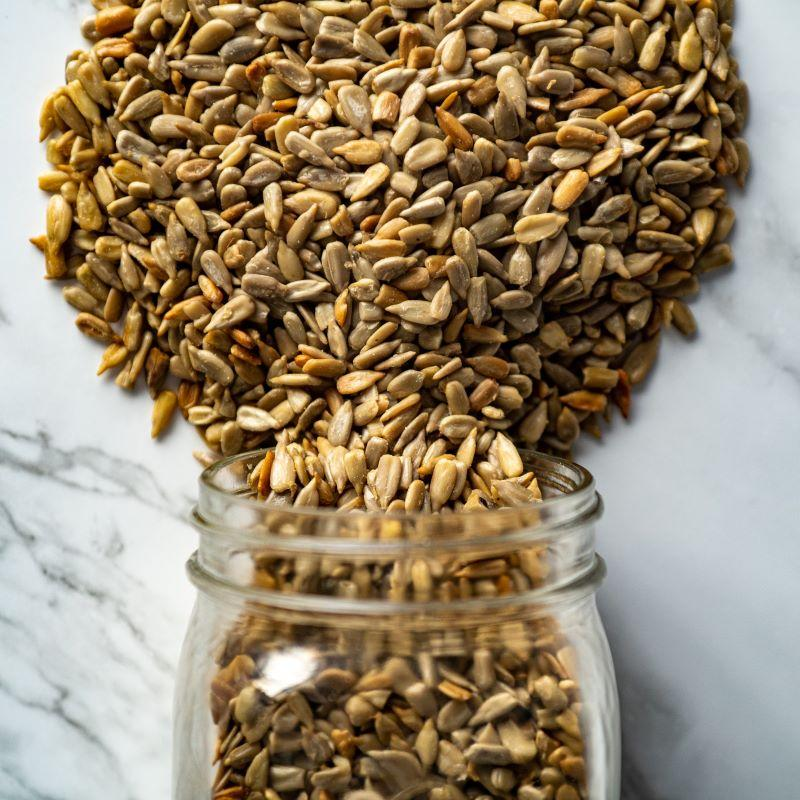 r & s hulled sunflower seeds