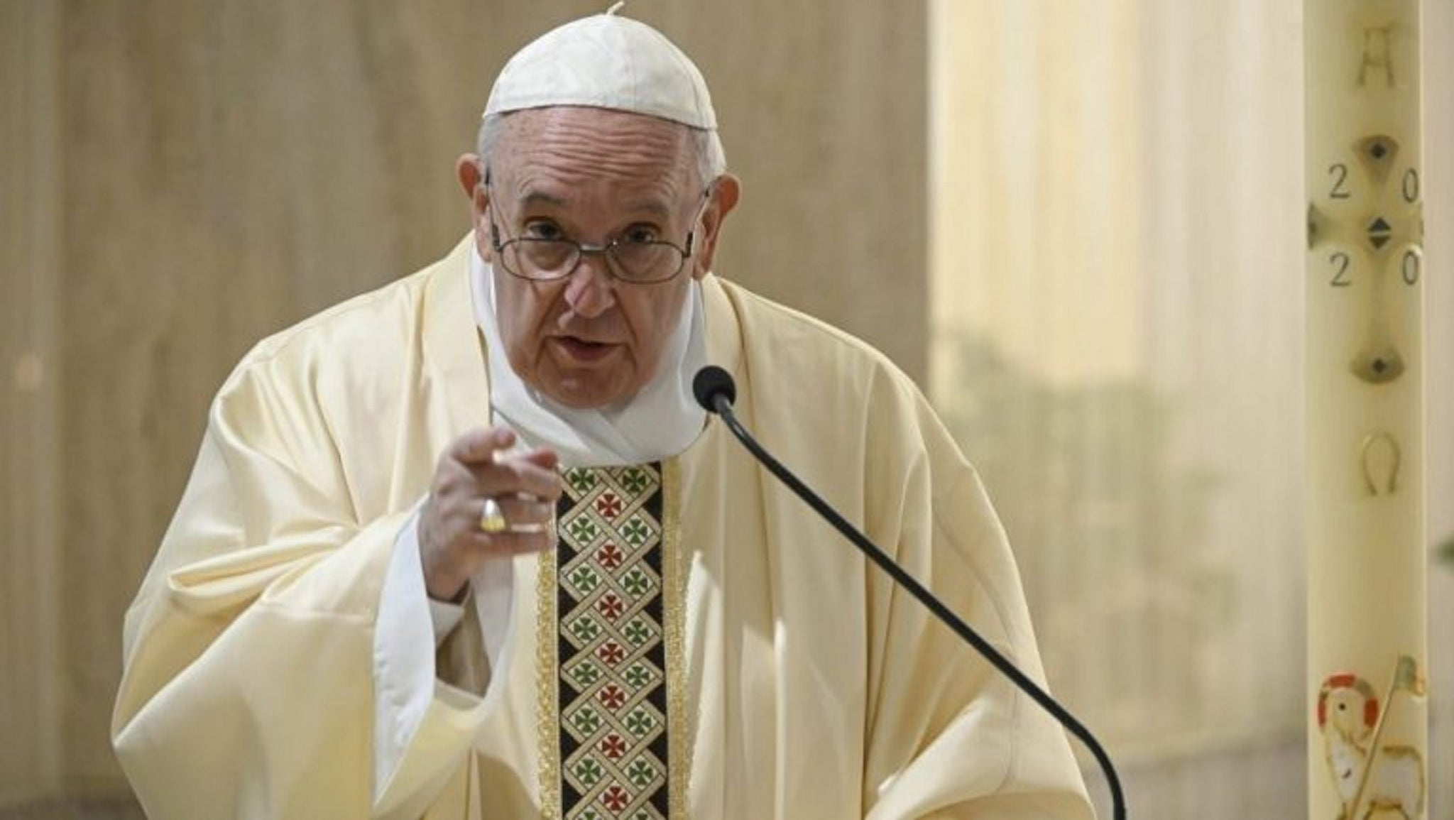 POPE FRANCIS : 'GOD WILL ABANDON AMERICA IF TRUMP IS RE-ELECTED'