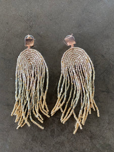 dangling gold earrings