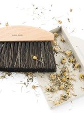 Load image into Gallery viewer, Andrée Jardin Mr. and Mrs. Clynk Mini Brush and Grey Dustpan Gift Set