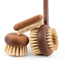 Load image into Gallery viewer, Andrée Jardin Heritage Ash Wood Nail Brush (Set of 2)