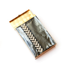 Load image into Gallery viewer, 1960s Smoke Moonglow Cigarette Case