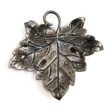 Load image into Gallery viewer, 1980s Silver Bug Brooch