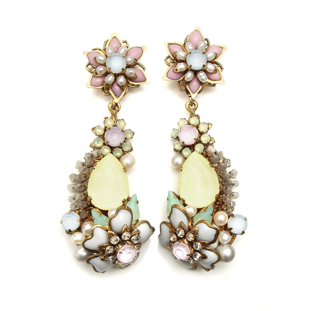 Bijoux Heart Floral Earrings