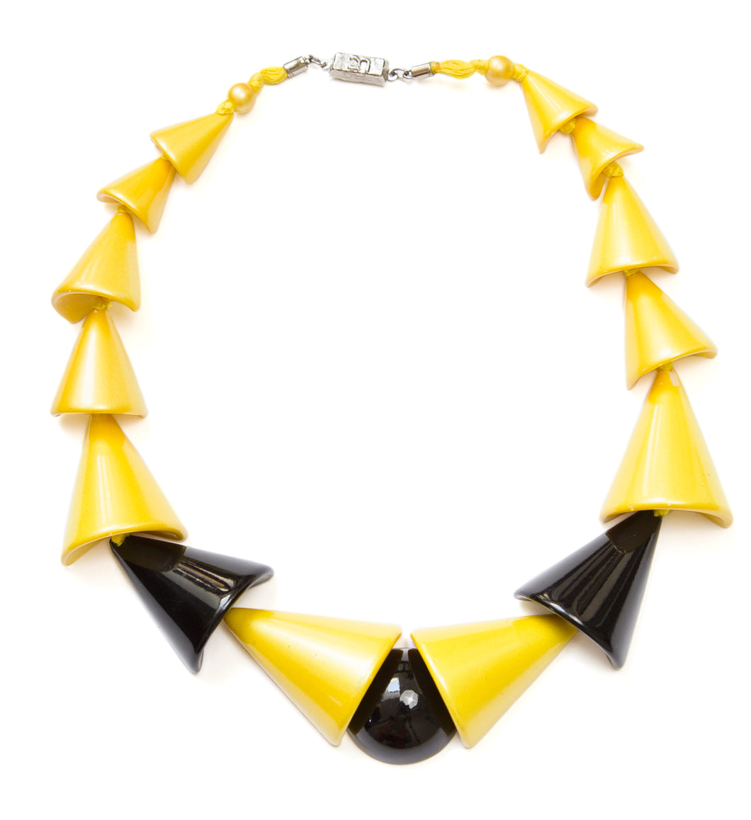 1980 Yellow and Black Plastic Necklace