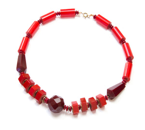 1950 Multi-toned Red Bakelite Necklace