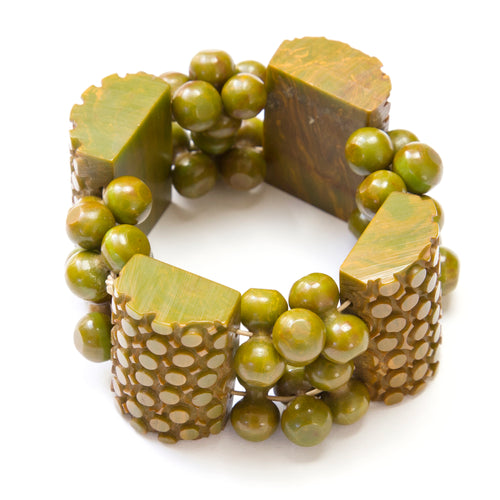 1950 Green Beaded Stretch Bracelet