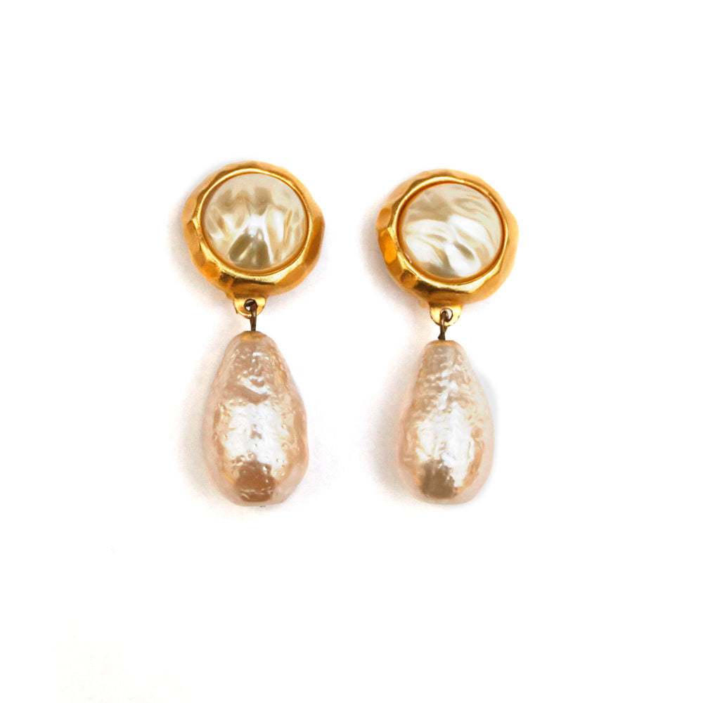 1960 Mottled Pearl Drop Earrings