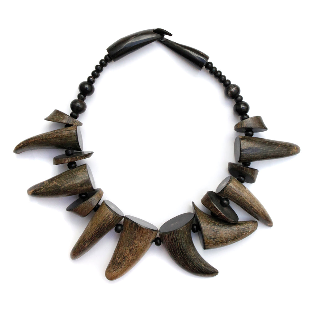 1980 Wood Tooth Necklace