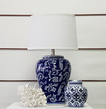 Load image into Gallery viewer, Blossom Ceramic Table Lamp