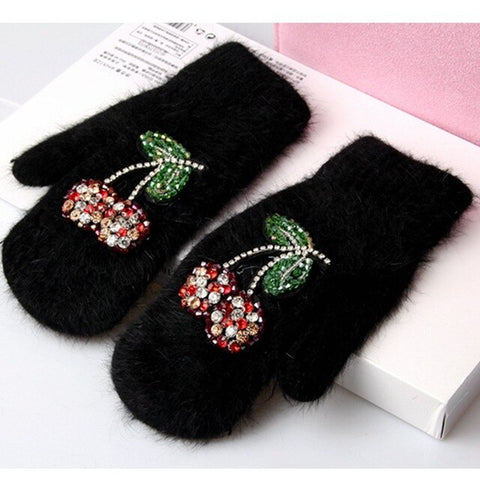 2017 Winter Gloves Luxury Crystal Cherry decoration Rabbit fur gloves For Woman winter gloves girls Mittens