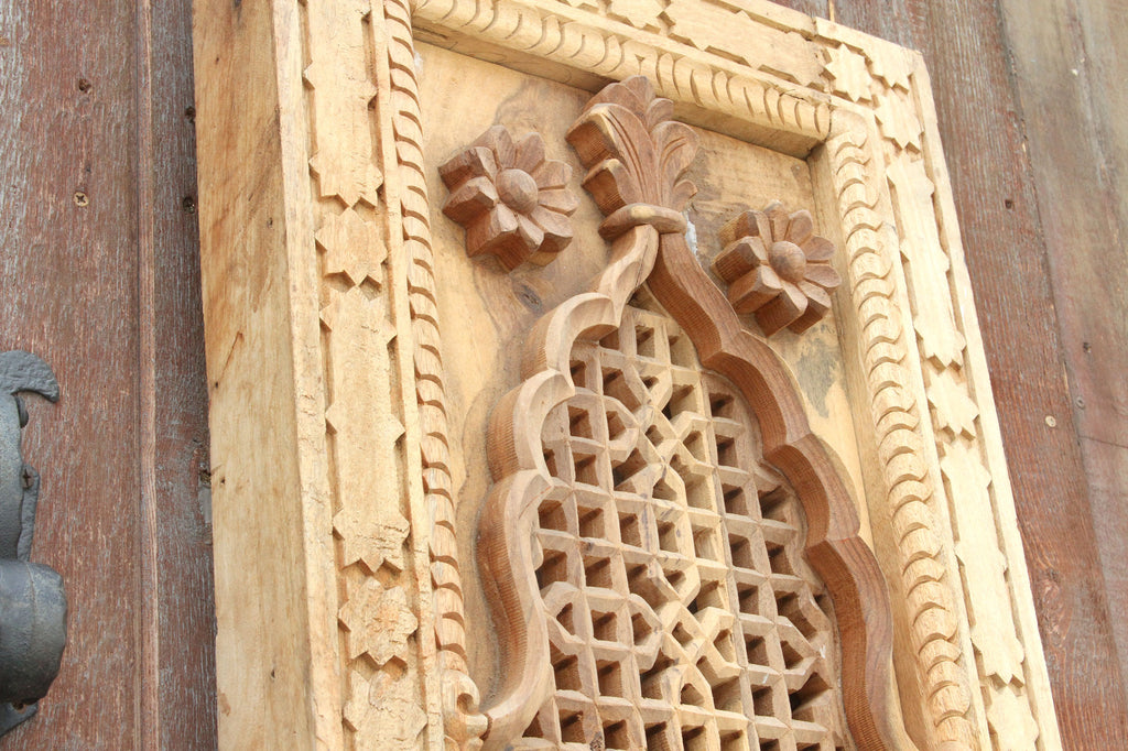 Mihrab carved panel