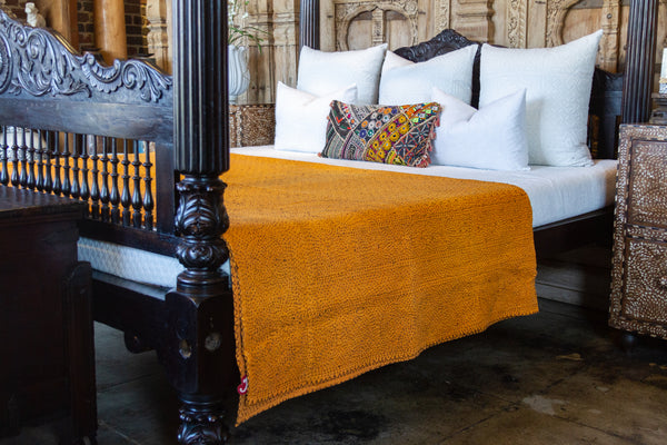 Apricot Filanan Embroidered Bed Cover