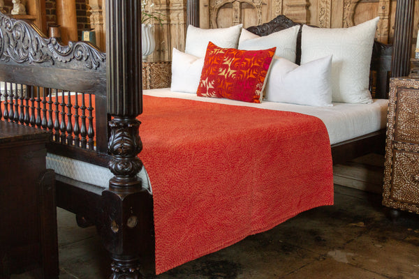 Scarlet Filanan Embroidered Bed Cover