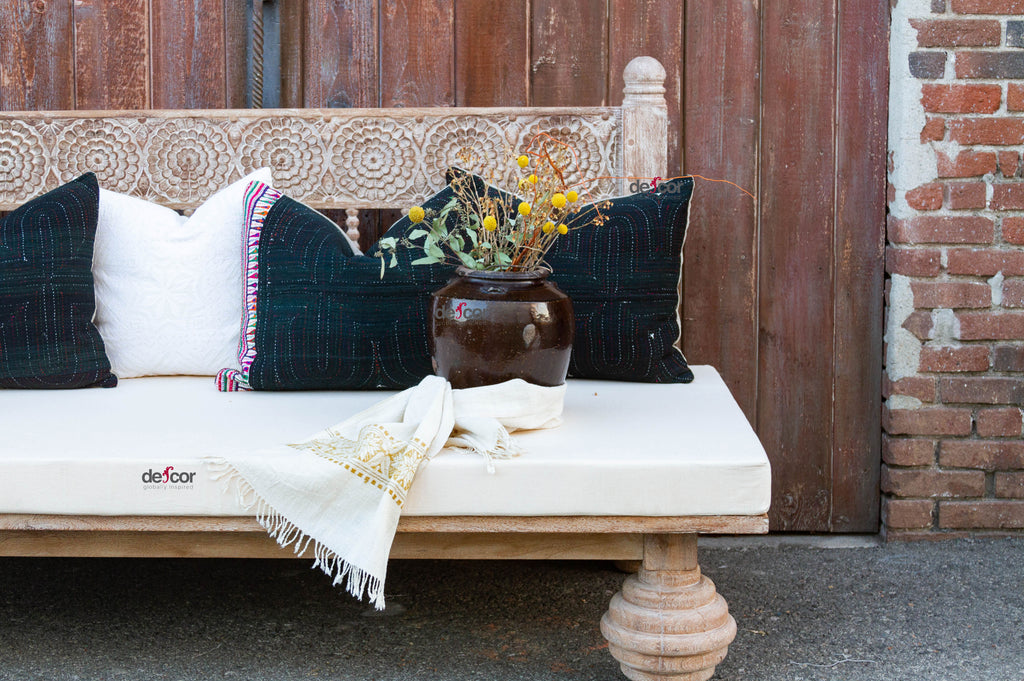 Charming Whitewash Gulab Carved Daybed