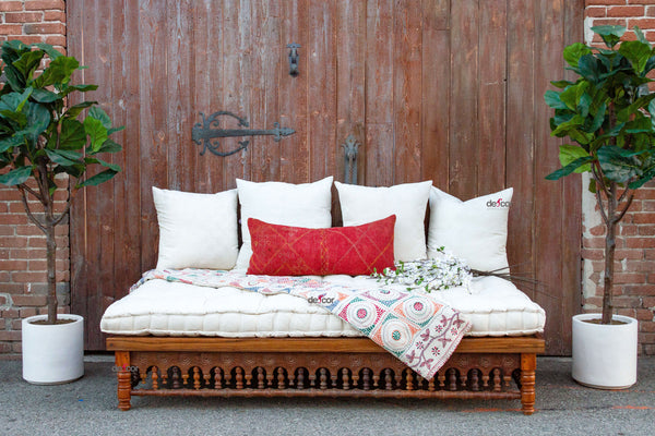Lounge Takhat Gujarat Daybed