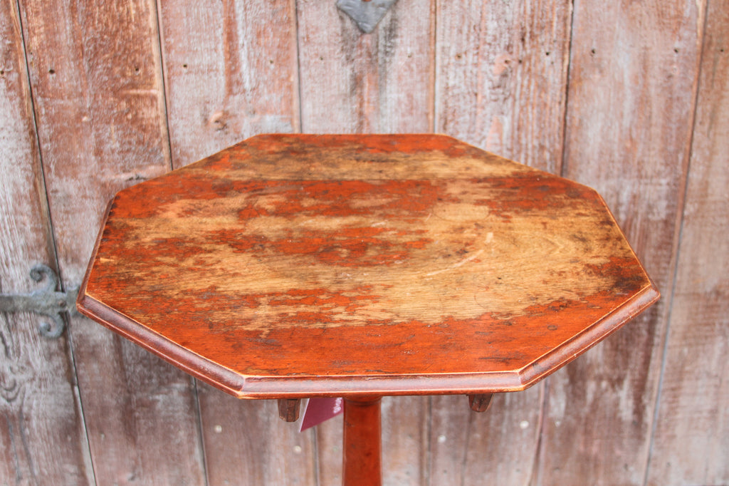 Early 20th Century Country Tilt Top Table