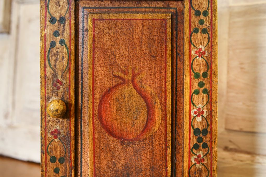 Colonial Painted Roja Key Box