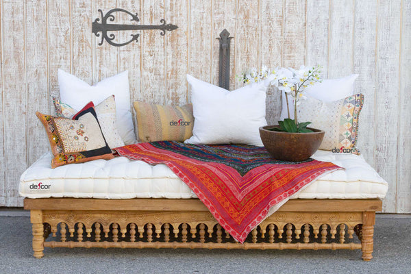 Lounge Farmhouse Takhat Daybed