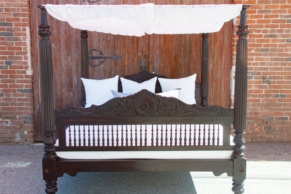Exceptional Antique Anglo-Indian Canopy Bed