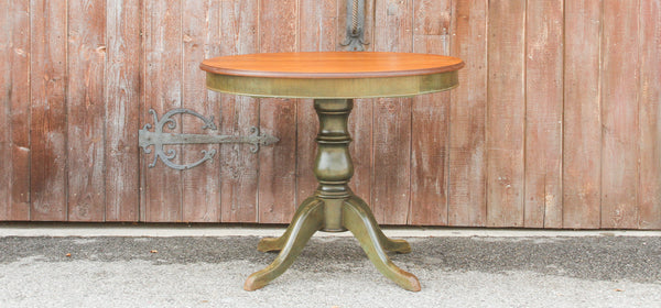 Farmhouse Style Round Extending Table