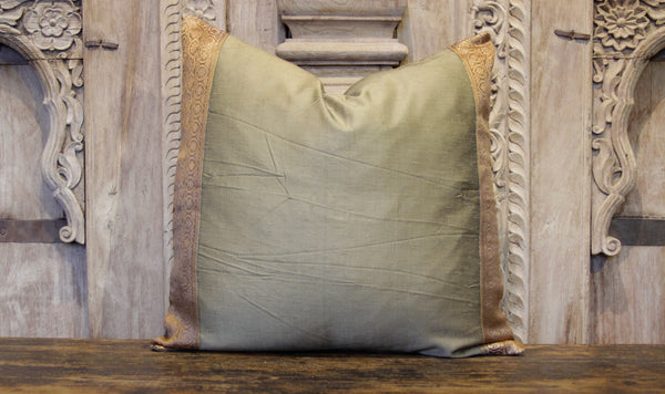 Small Golden Rod Heritage Silk Pillow