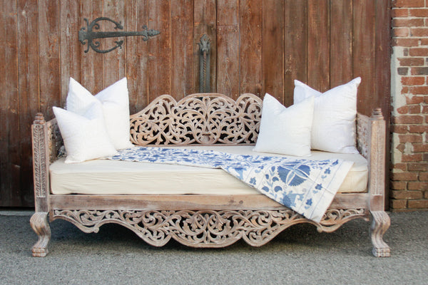 Raj Anglo-Indian Carved Daybed