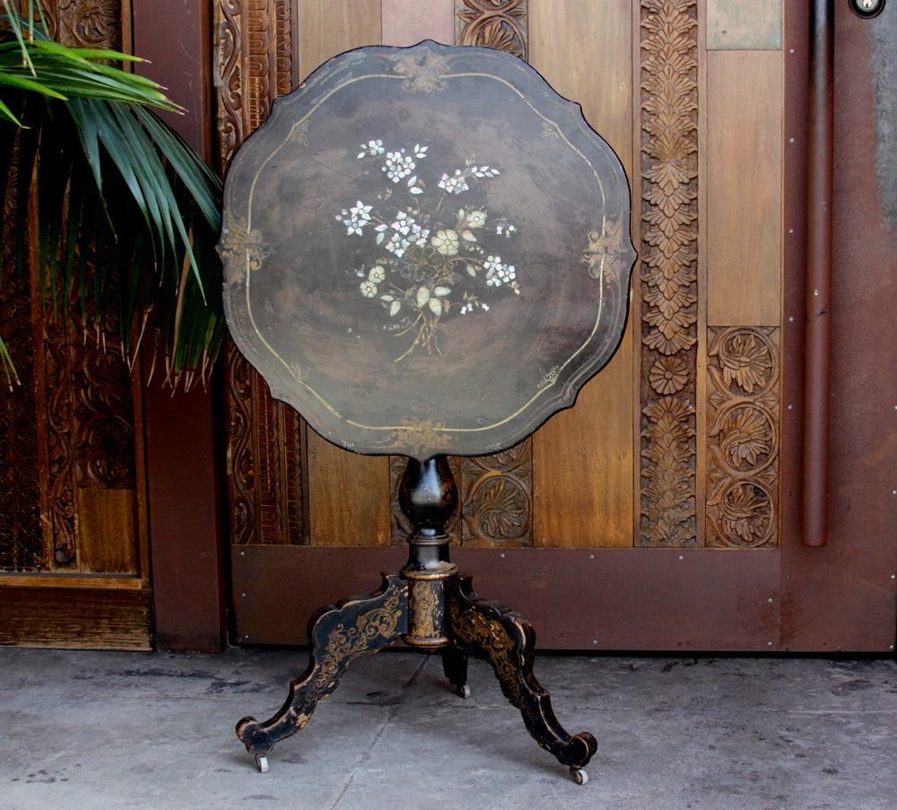 19th Century French Gueridon Round Table