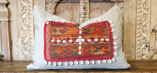 Ojal Jumlo Embroidered Shell Pillow