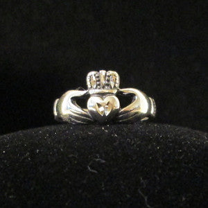 claddagh ring silver