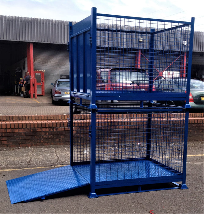Stackable Stillage with Loading Ramp
