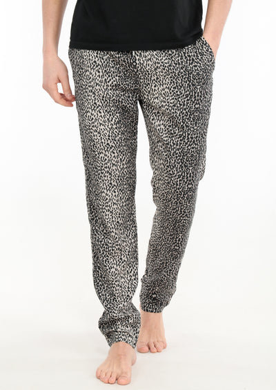 le-boubou-rajah-pant-luxury-loungewear-men-front