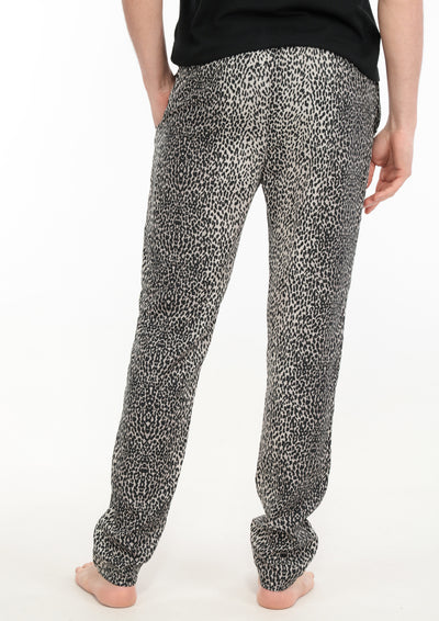 le-boubou-rajah-pant-luxury-loungewear-men-back
