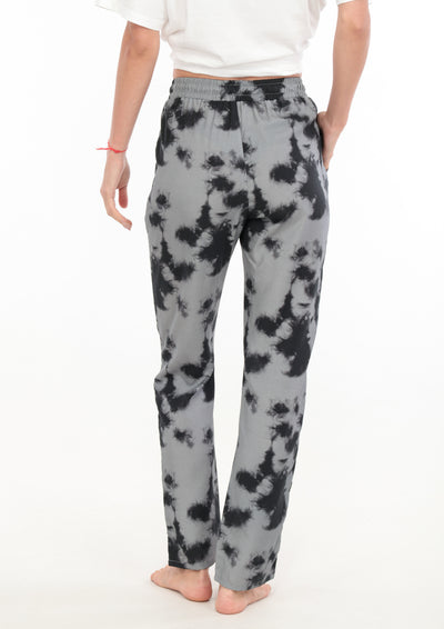 le-boubou-cloud-pant-luxury-loungewear-woman-back