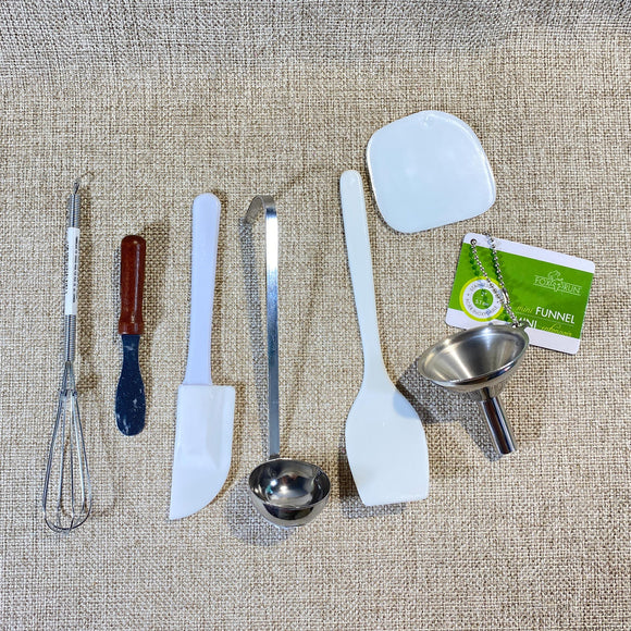 Housewares-Kitchen-Gadget-Bag.jpg