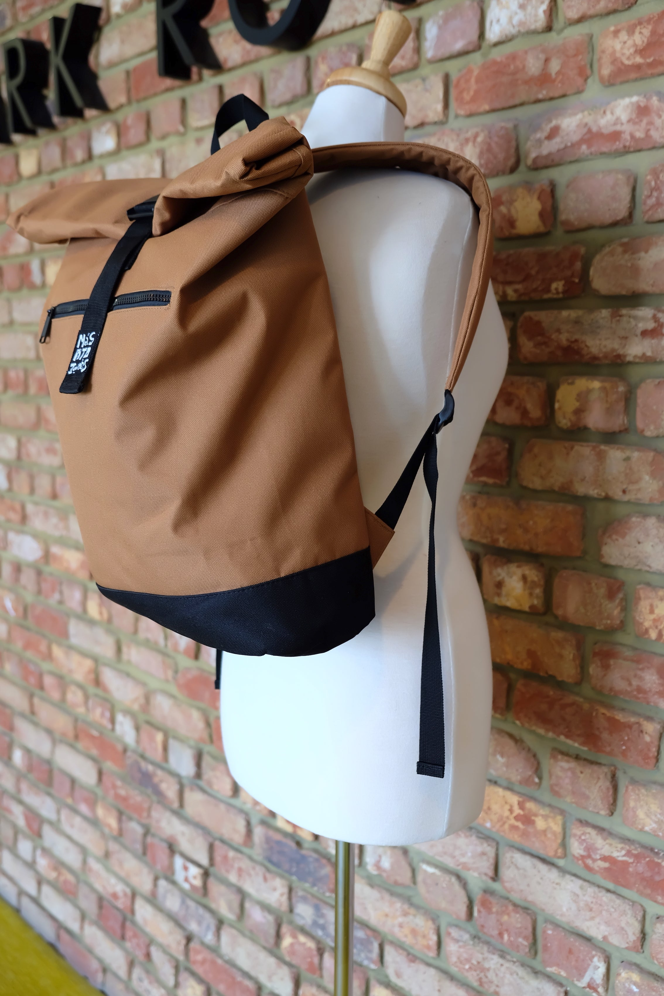 Caramac Roll top bag