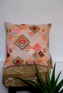 De Lisboa Oranghe Cushion