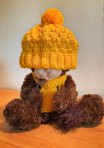 CHILD'S YELLOW BEANIE