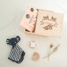 Load image into Gallery viewer, newborn baby gift