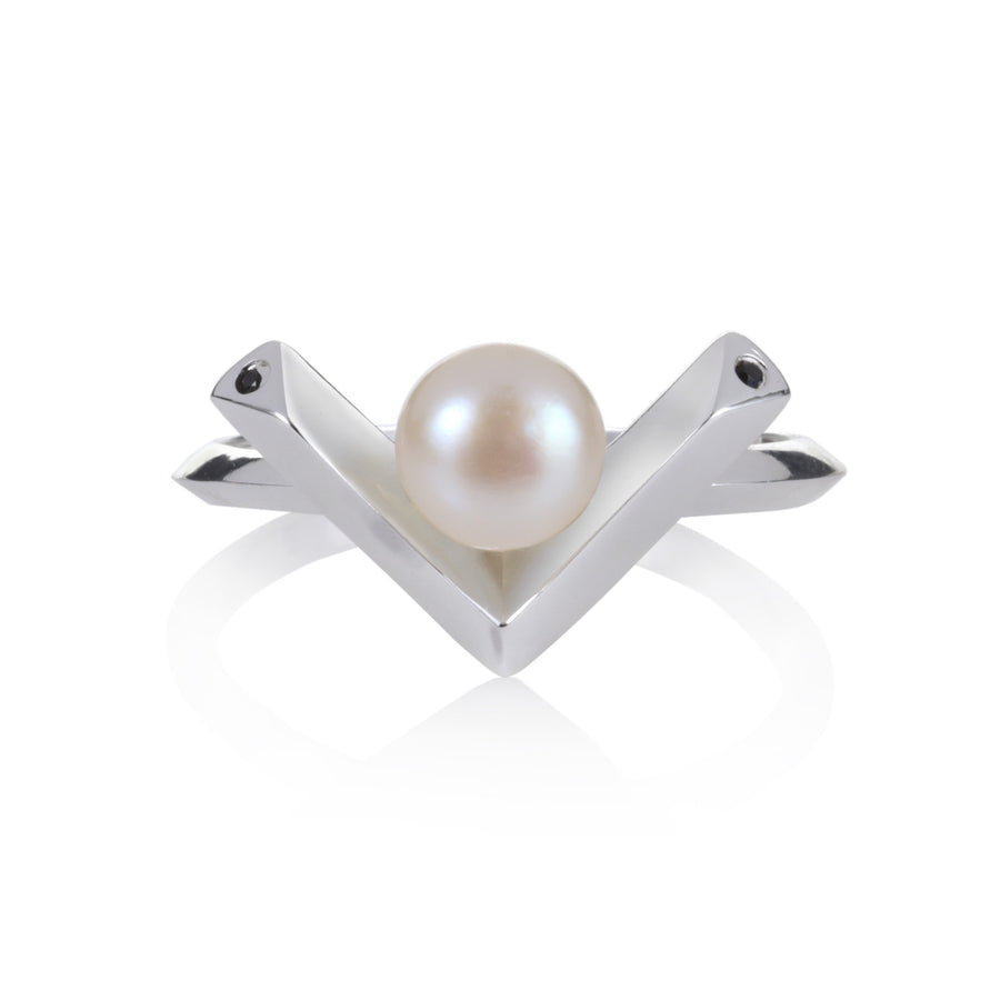 Kann Pearl Ring - Freshwater Pearls with Black Spinel or Clear CZ