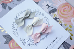 Suede Bows / Gift Set